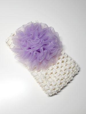 krémová s fialkovým květem